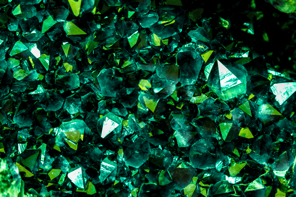 THE EMERALD BIBLE: EVERYTHING YOU NEED TO KNOW ABOUT IT 2
