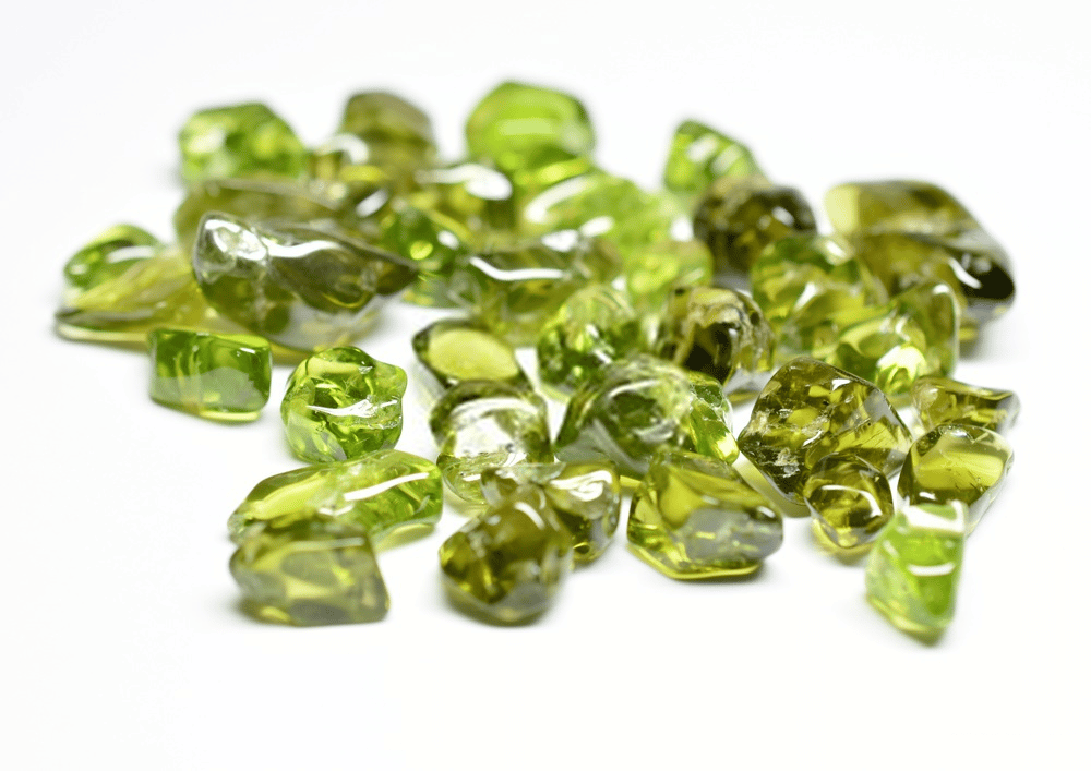 THE PERIDOT BIBLE: EVERYTHING YOU NEED TO KNOW ABOUT IT 2