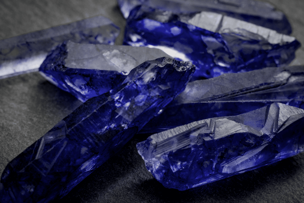 THE TANZANITE BIBLE: EVERYTHING YOU NEED TO KNOW ABOUT IT 2