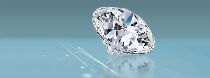 HOW TO KNOW IF A DIAMOND IS REAL OR FAKE? 1